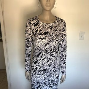 NEW WITH TAGS VINCE CAMUTO DRESS